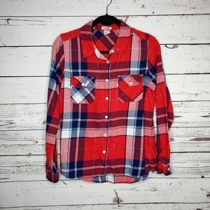 Levi's Flannel Long Sleeve Button Up Top